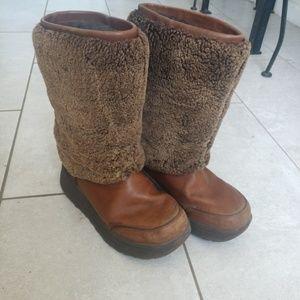 03c7a77f5e1 UGG. Womens UGG Marien Waterproof Boots SHEEPSKIN